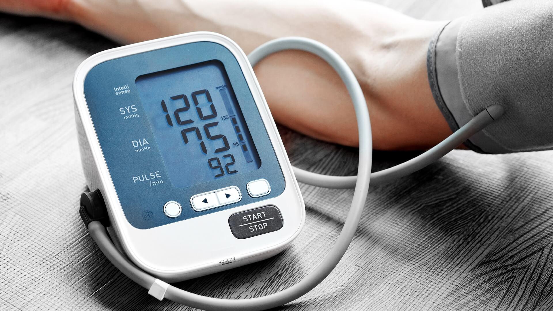 doceins-allgemeinmedizin-blutdruckmessen